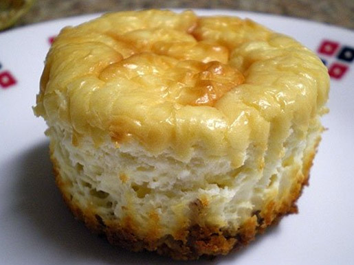 Little coconut cheesecakes