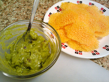 Cheese chips with guacamole